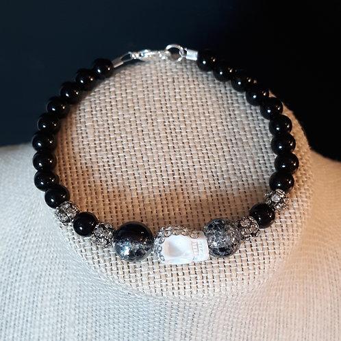 Black Crystal Crackle Bracelet w/White Rhinestone Skull