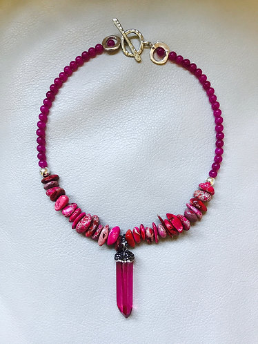 Magenta Point Pendant Necklace