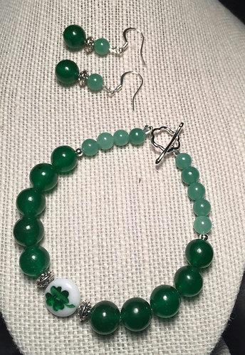 Four-Leaf Clover Bracelet & Earrings Set