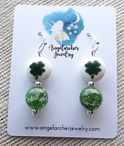 Four-Leaf Clover Earrings w/Crackle Glass