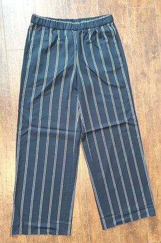 Banana Republic Wide-Leg Navy Stripe Dress Pants (JR MED)