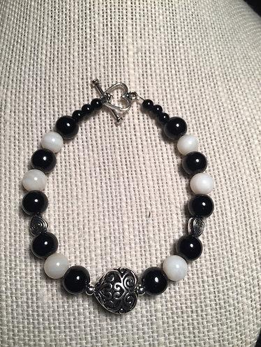 Swirl Heart Bracelet - Black & White