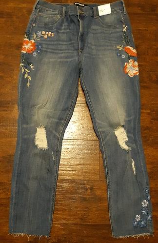 Blue High Waisted Embroidery Jeans – Sz 18