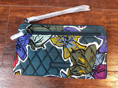 Vera Wristlet Wallet