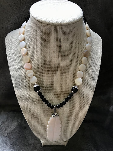 Cream & Black Shell Feather Necklace & Earrings Set