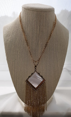 White Mother of Pearl Fringe Pendant Necklace