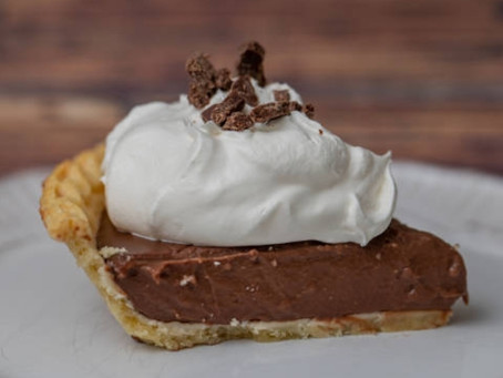 VEGAN CHOCOLATE CREAM PIE