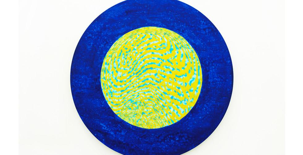 A Particle_#2180501_2018_acrylic&phosphorescent pigment on aluminium plate_Ø60cm