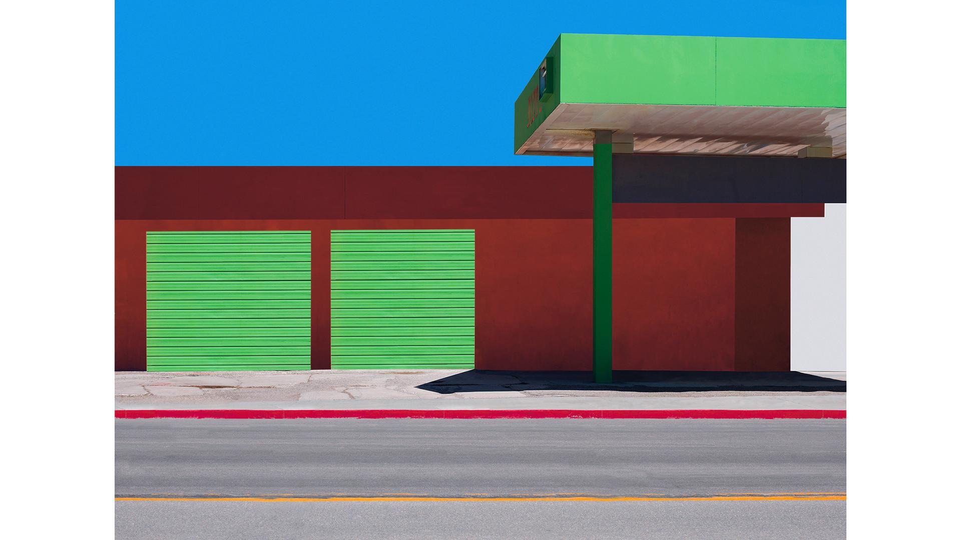 Mina, 2017 125x163cm, archival pigment print, ed. of 7