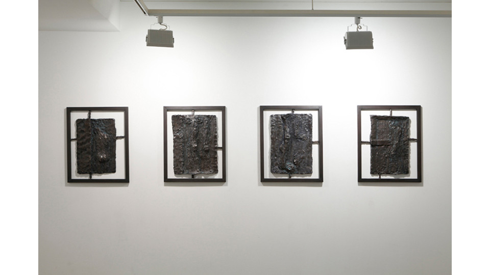 Installation view of 꿈을 꾼다 I dream a dream, 2013, dimensions variable