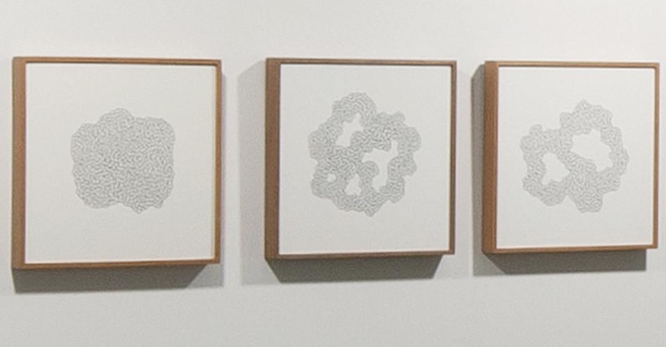 '기억의 노선'을 위한 드로잉(Drawing for 'Circuit of Memory'), 2011, ink on paper, 35 × 35 cm each