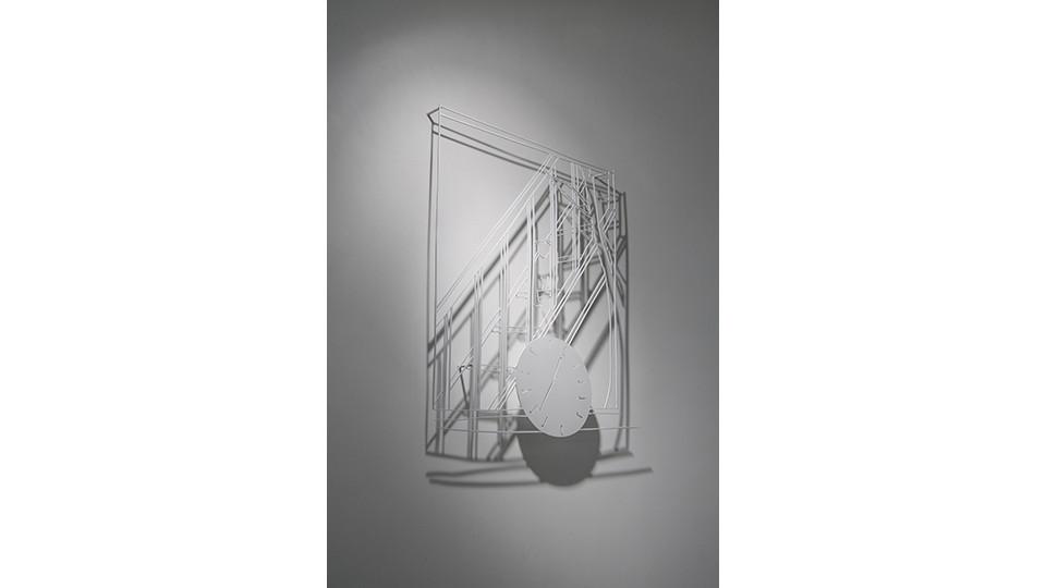 한낮의 친구 A New Friend in the Daytime, 2012, stainless steel, 100 x 65 x 0.4 cm