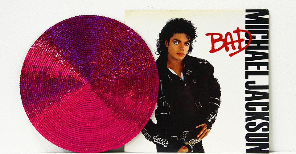 Recording - Michael Jackson, 2009, jacket and sequins on disk, 31 x 31 cm, Φ31 cm
