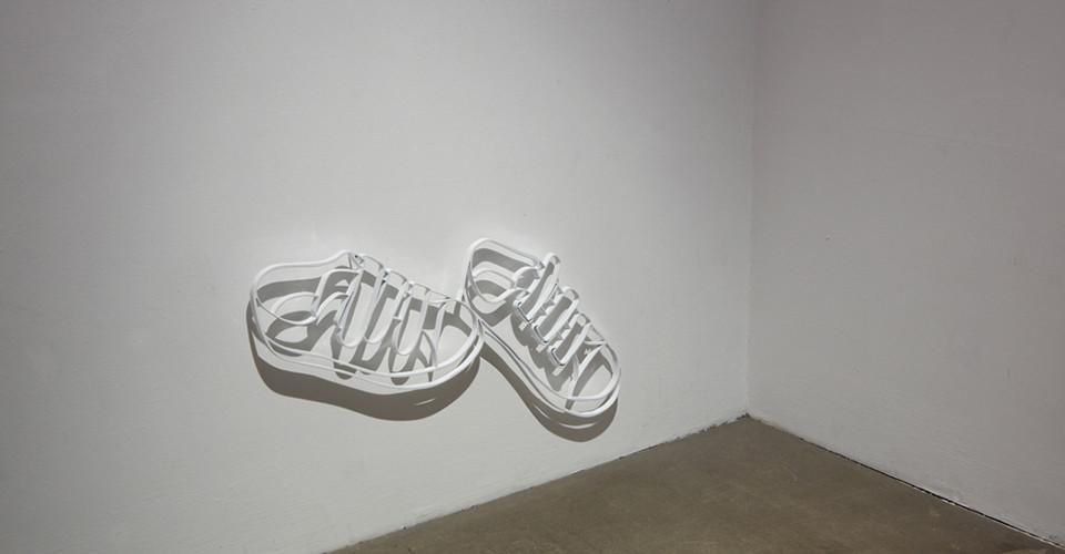 Drawing-Sculpture, 2010, aluminum, 32 x 57 cm