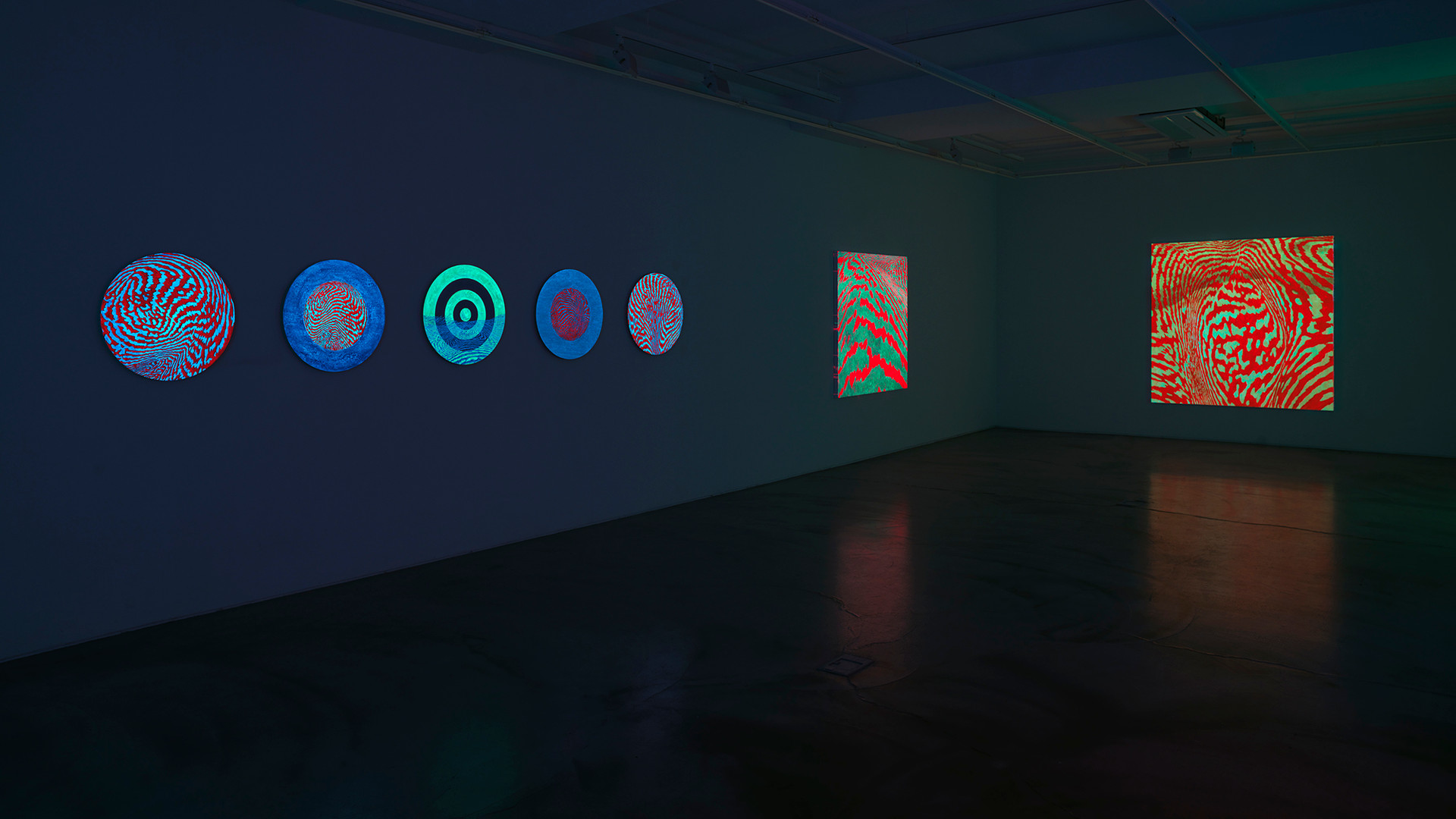 Installation view of Light of Lightness_Gallery Simon