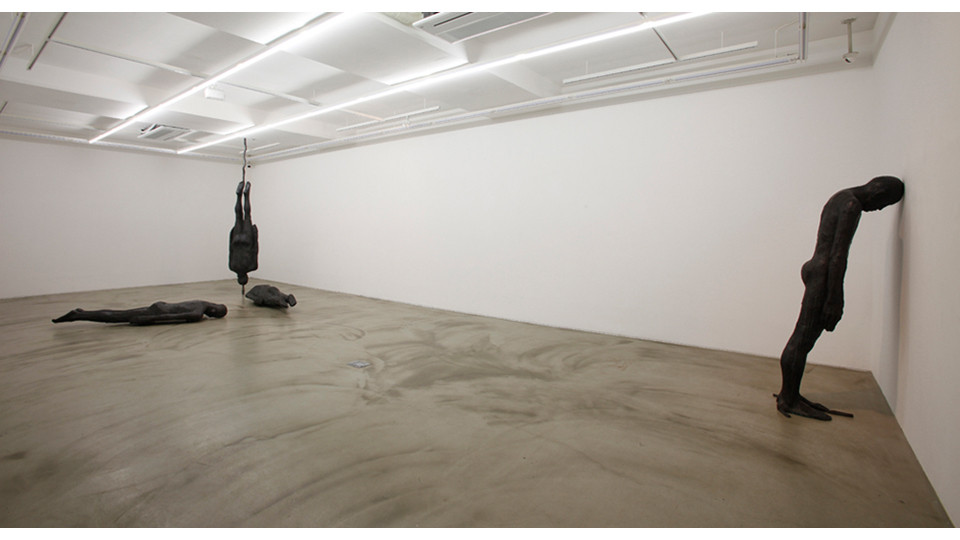 Installation view of 알수없는 세상 The-hard-to-understand world, 2013, dimensions variable