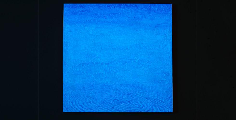 Light Lines_#2180111_2018_acrylic&phosphorescent pigment on canvas_107 x 107 cm