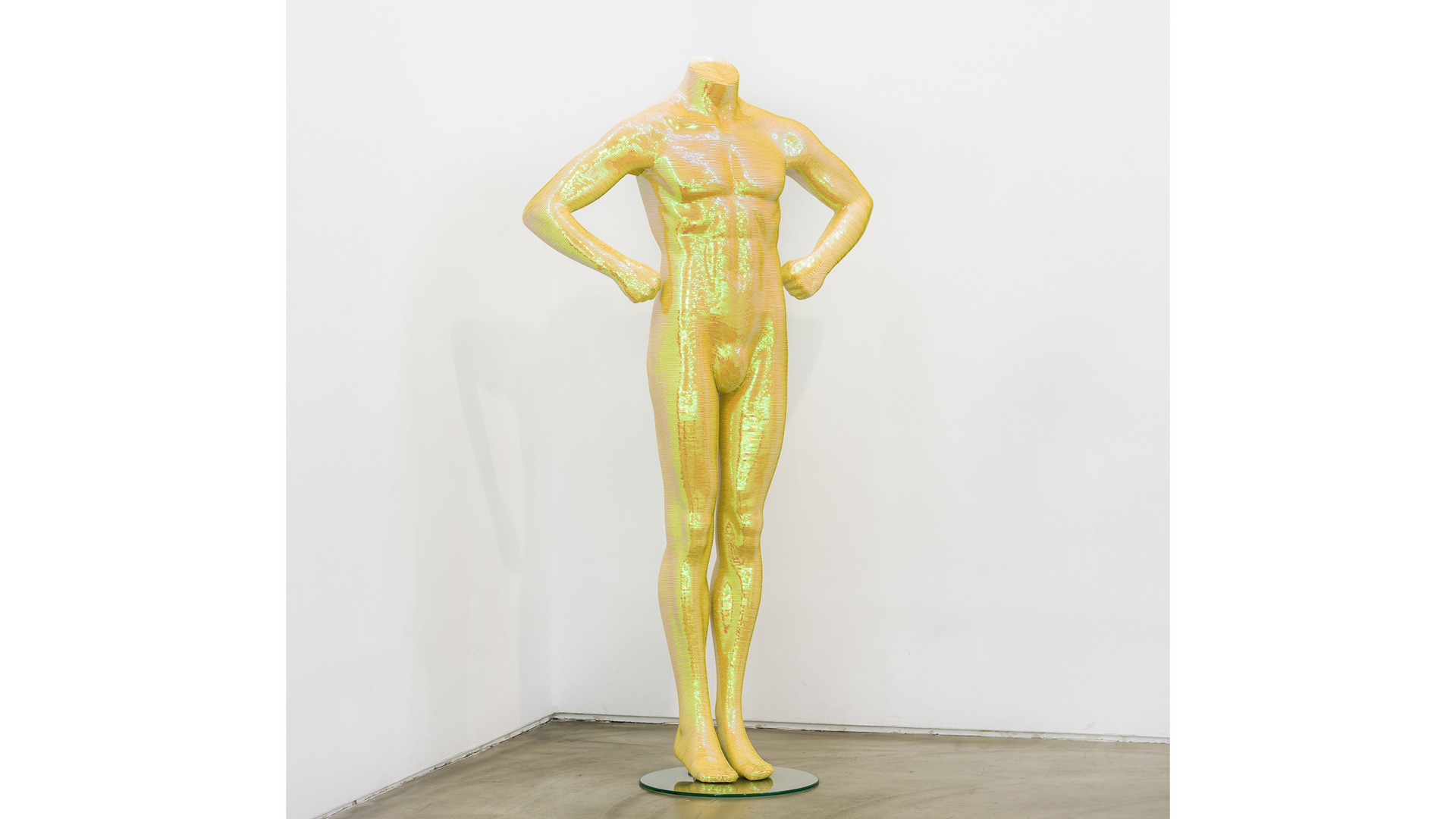 Noh, Sang-Kyoon, What Are You Looking For - Standing Man, 2007, sequins on mannequin of polyester resin, fiberglass, 170 x 85 x 30 cm