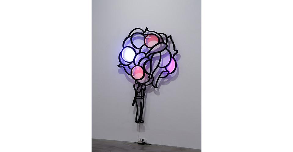 풍선들 The Balloons, 2012, stainless steel, LED light, 180 x 122 x 3 cm