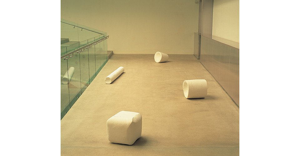To and fro, installation dimension variable, plaster, 2006