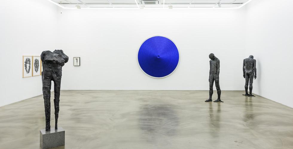 Installation view of The 25th Anniversary Simon's Friends, Gallery Simon, 2019