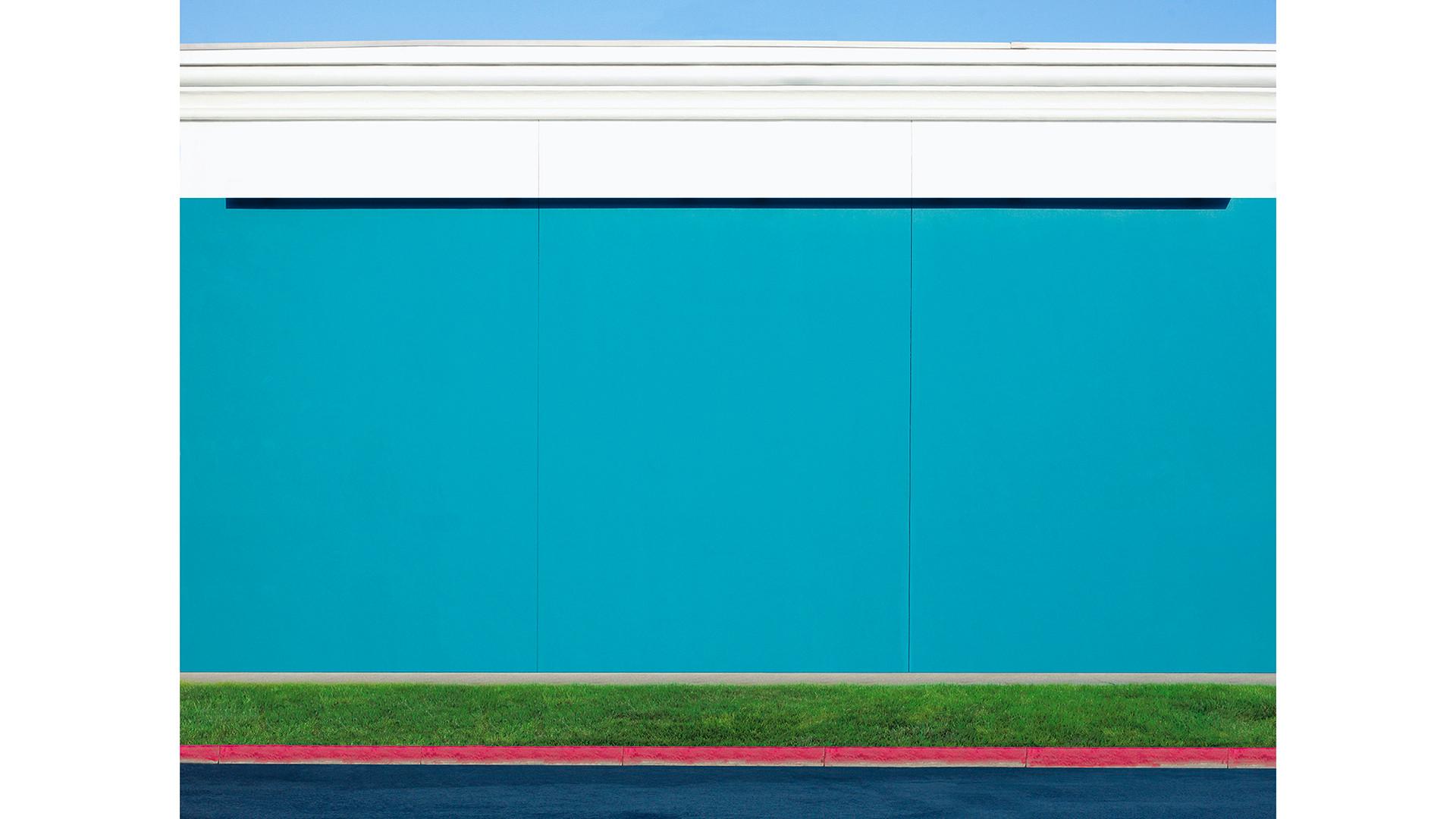 Orange Drive, 2017 140x182cm, archival pigment print, ed. of 7