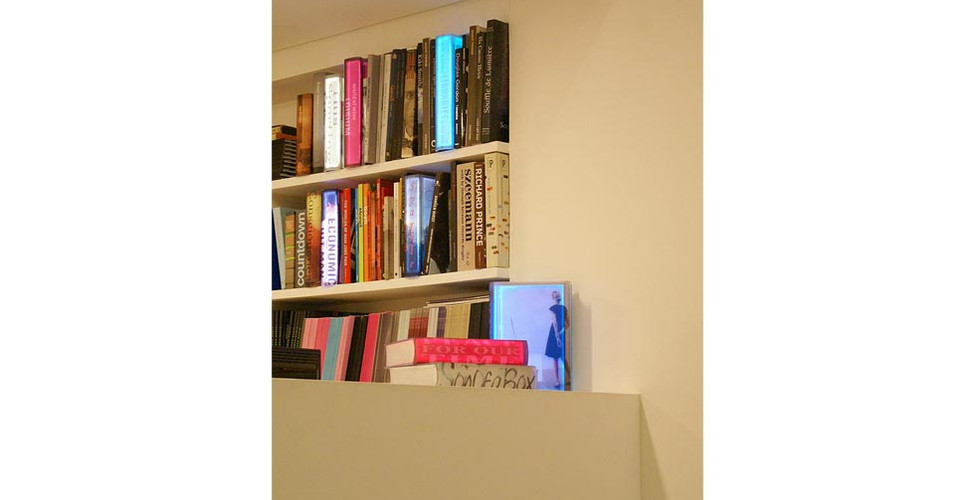 Kang, Airan, Lighting Books, 2008, LED lighting, plastic box