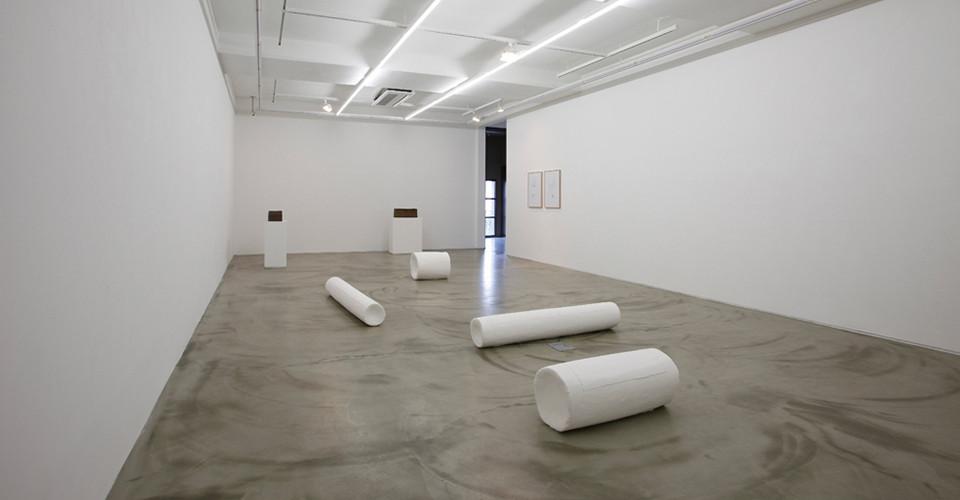 Installation view of Choi Insu solo exhibition, Gallery Simon, 2013