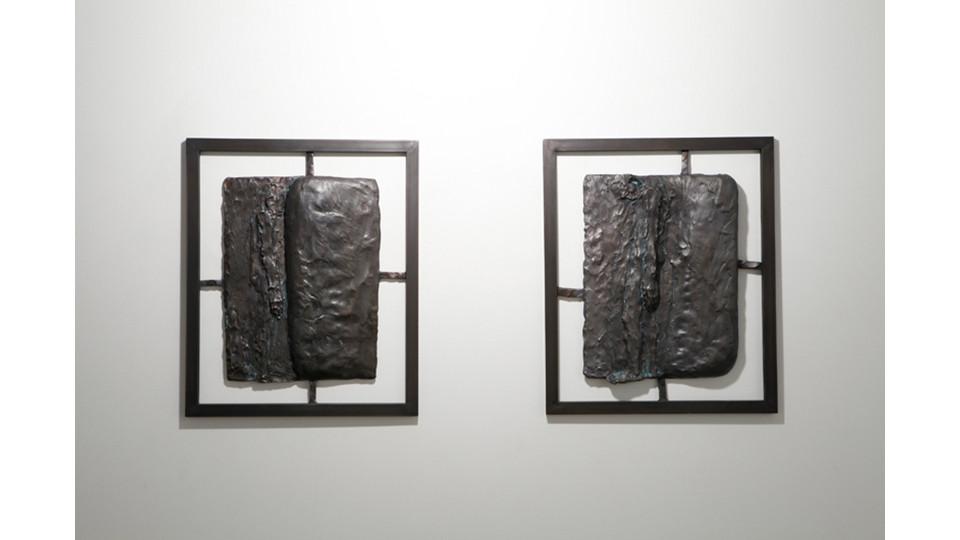 꿈을 꾼다 I dream a dream, 2013, Bronze, 66 x 55 x 2 cm each