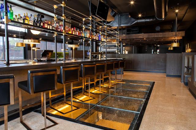 The-Met-Downtown-Restaurant-Gastropub-Ba