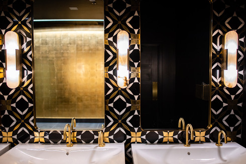 The-Met-Downtown-Restaurant-art-deco-bat