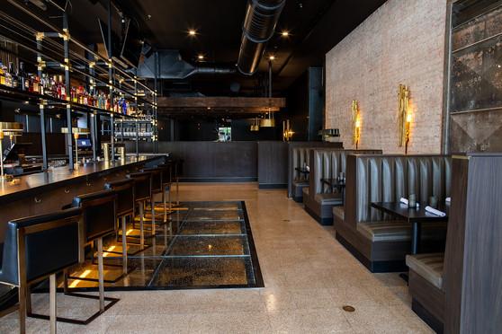 The-Met-Downtown-Restaurant-Bar-Lounge.j