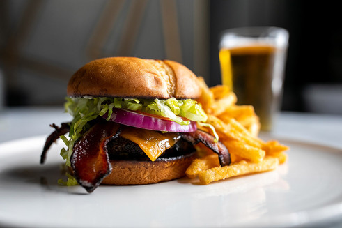 The-Met-Downtown-The-Met-Burger.jpg