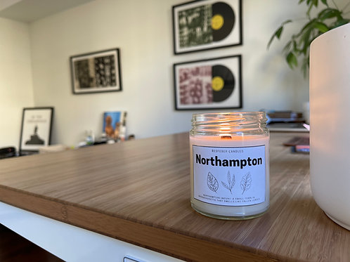 Northampton Crackling Wick Candle Handmade - 9 oz Fallen Leaves Scented