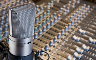 ws_Mic_and_switches_1920x1200.jpg