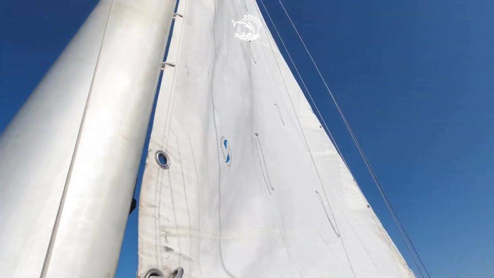 Be a sailor & hoist the sails on the Gre