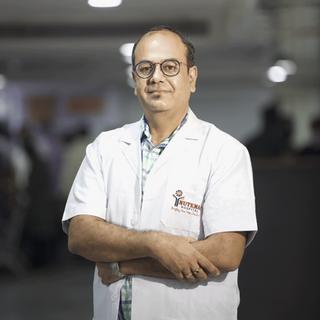 Dr. Priyank Garg