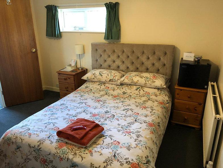 Guest House in Swindon