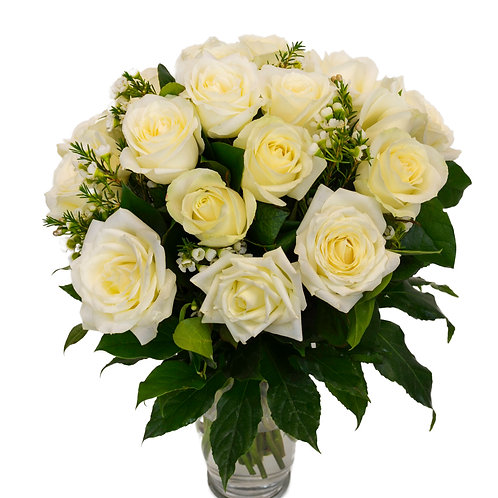 PURE ELEGANCE WHITE ROSES