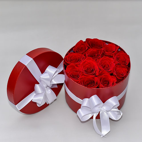 RED HAT BOX ROSES