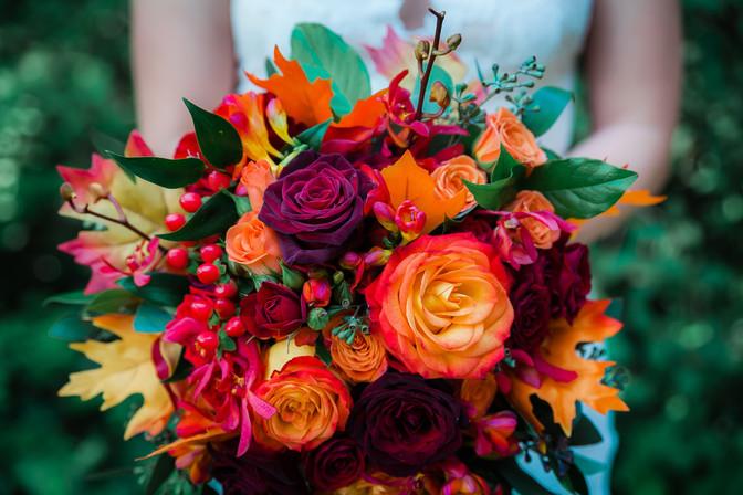 Autumnal bridal bouquet