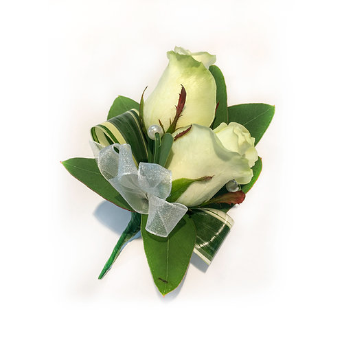 WHITE ROSES BUTTONHOLE