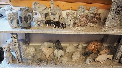 Steingeschenke, Geschenke aus Stein, Steinfiguren