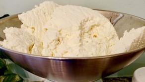 "Tvorog (Farmer's Cheese) + Bonus ""Tvoroznaya Zapekanka"" (Baked Farmer's Cheese) (VIDEO)"