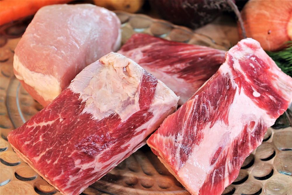 raw pork loin, beef ribs, pork ribs