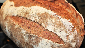 My favorite sourdough bread with flaxseeds and molasses (VIDEO)