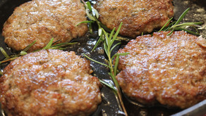 Easy Homemade Breakfast Sausages         ( VIDEO)