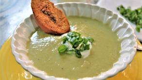Creamy Leek and Potato soup (VIDEO)