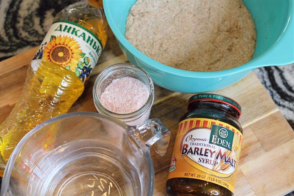 sunflower oil, barley malt, salt, sponge, water
