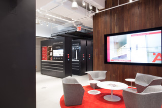 Space-Saving Showroom Display